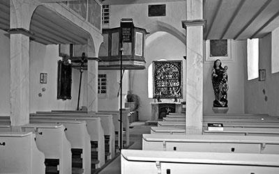 Innenansicht der Allerheiligenkirche in Egenhausen