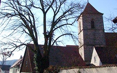 Kirche St. Peter und Paul in Unteraltenbernheim Außenansicht